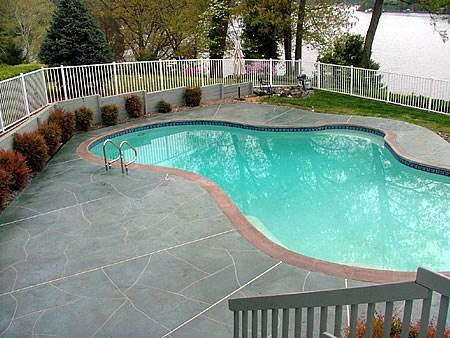 How to lay flagstone on existing concrete patio
